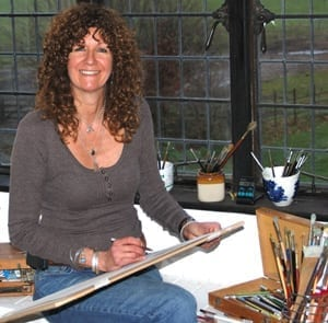 Wildlife artist & natural history illustrator Su Shimeld, drawing at Larmer Tree Studio.